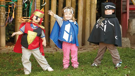 Super hero dress up set