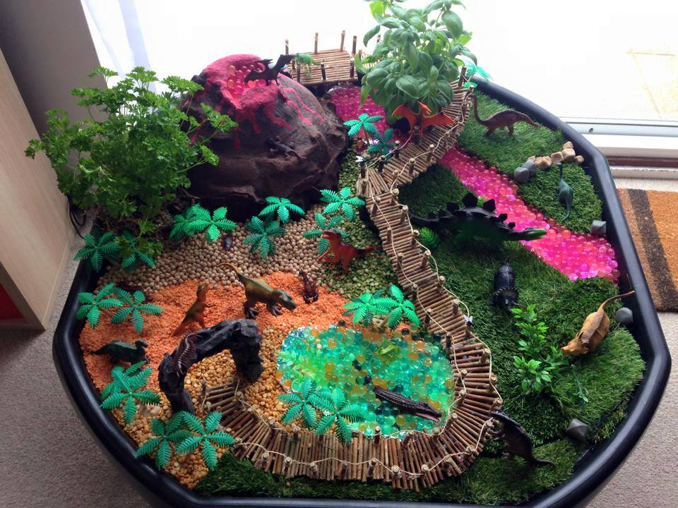 Dinosaurs in an Active World Tuff Spot Tray