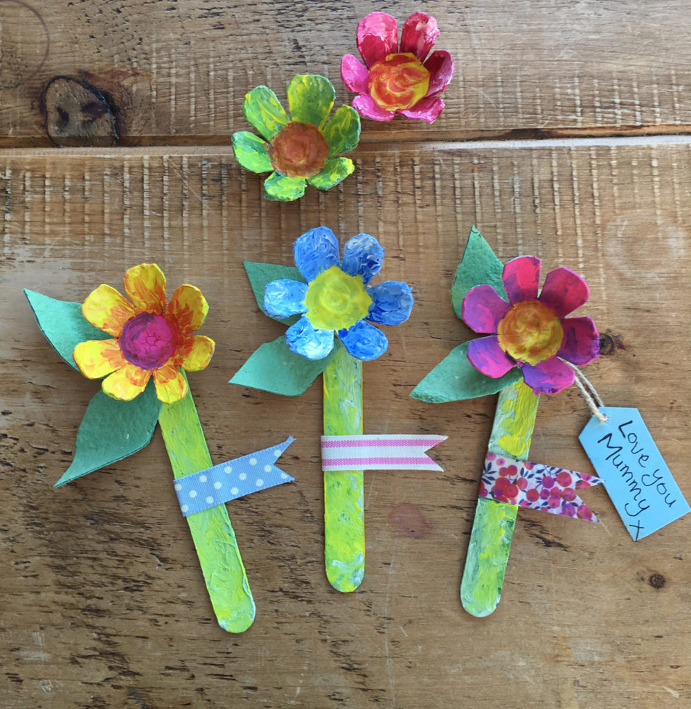 egg box mothers day flowers by Lottie Makes