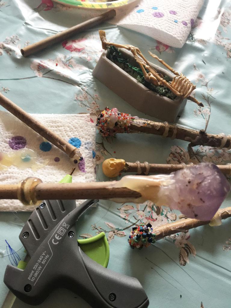 make a magic wand craft