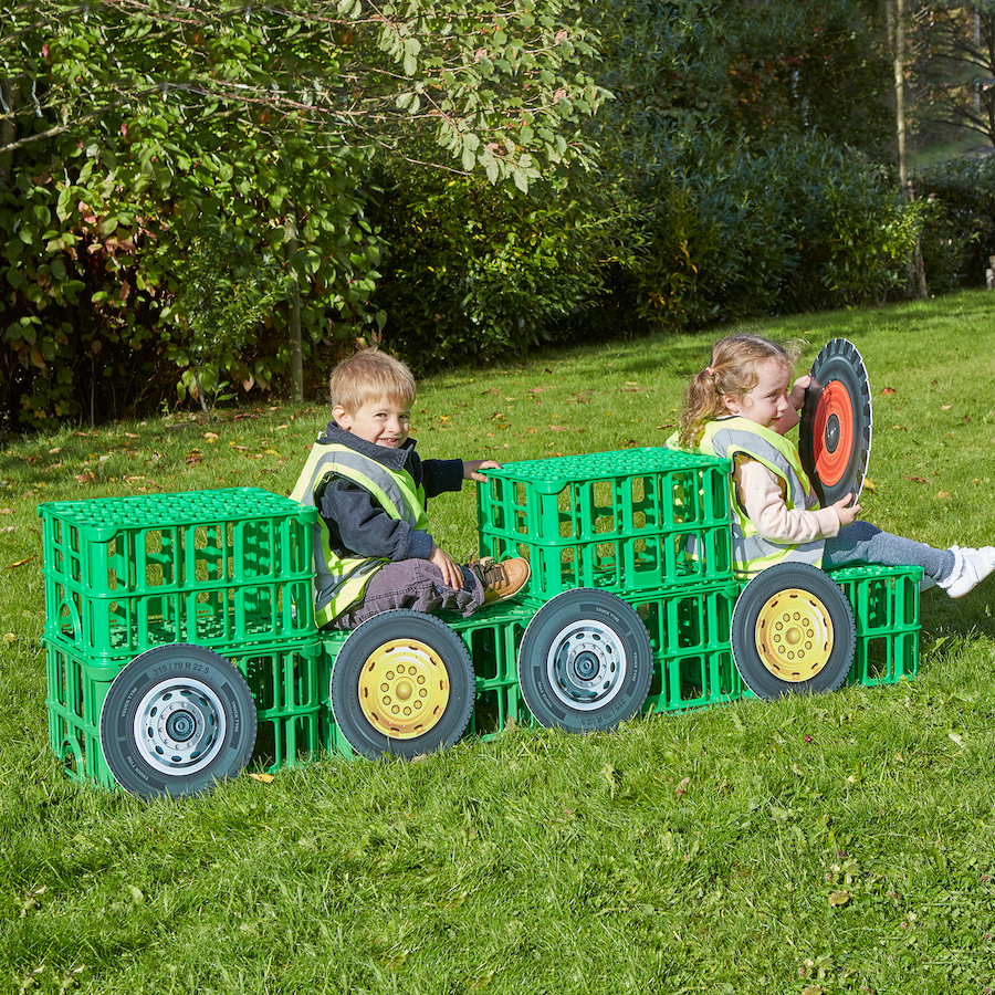 crates - outdoor play - vehicles and transport