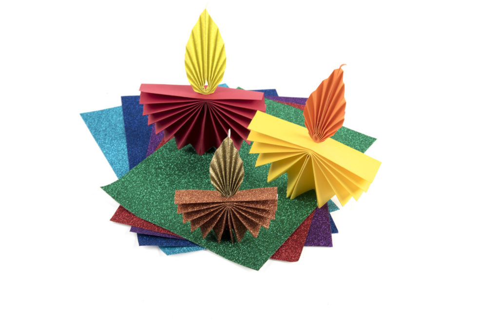 Paper Diyas with TTS glitter paper